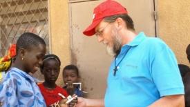 Un missionario rapito fa sempre notizia
