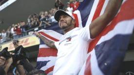 F1, Hamilton leggendario col 5° titolo mondiale