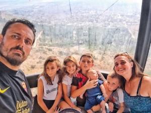 Anna Chiara Gambini e Gigi De Palo con i loro figli