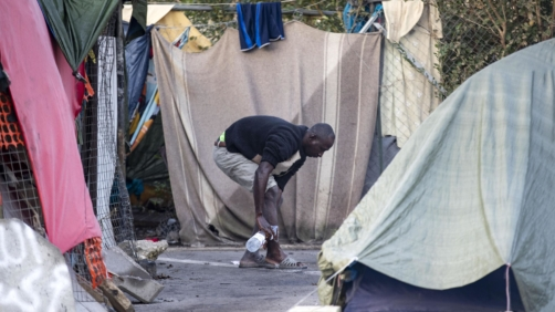 A camp run by volunteers providing food and shelter to migrants near to Rome's Tiburtina railway station was cleared by the authorities on Tuesday, 13 November 2018. Around 200 migrants were in the Baobab Experience camp before the eviction. ANSA/MASSIMO PERCOSSI