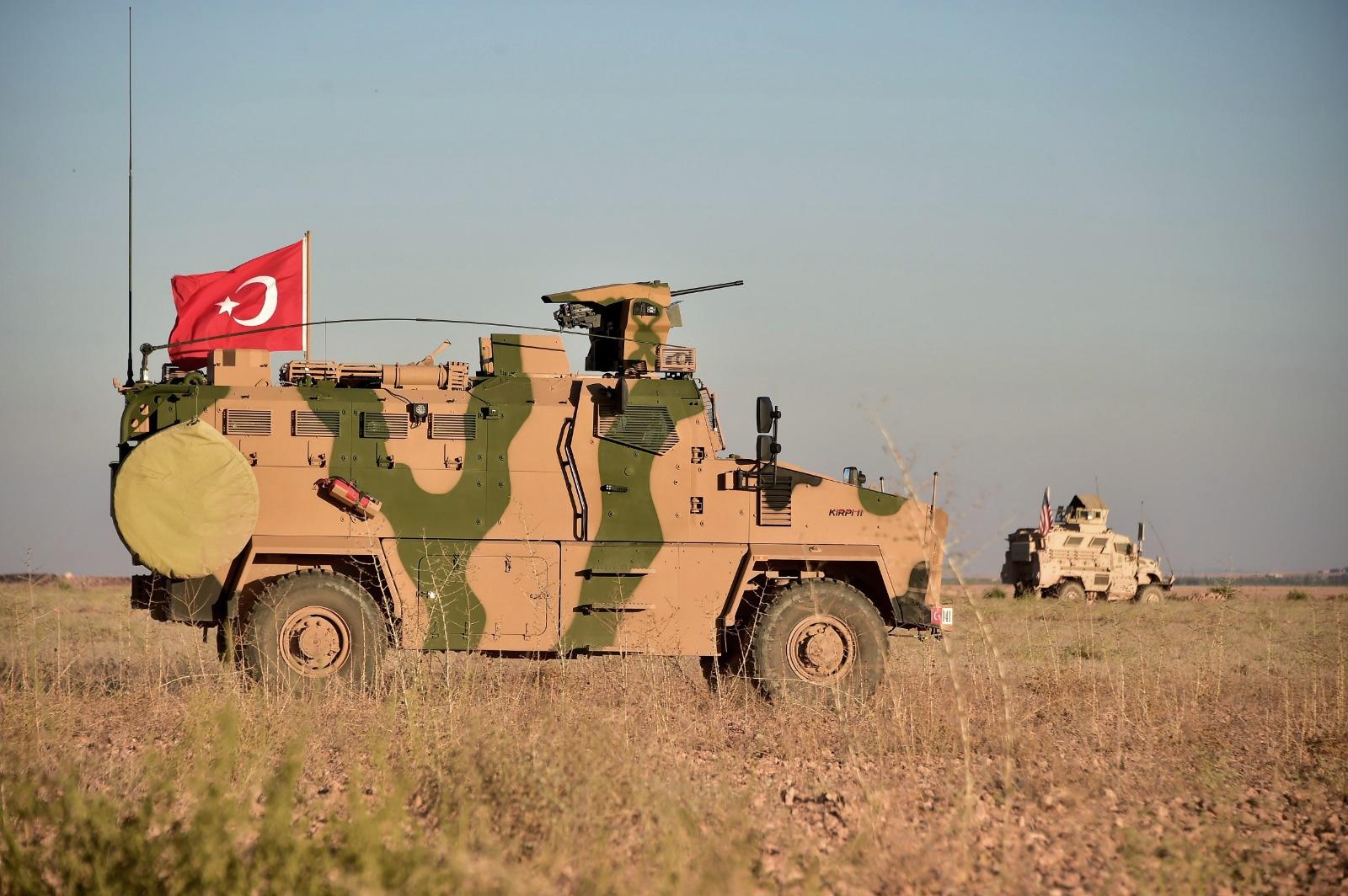 militari-turchi-invadono-nuovi-territori-in-siria-foto-ap