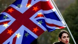 Theresa May: tutti i britannici sostengano la Brexit