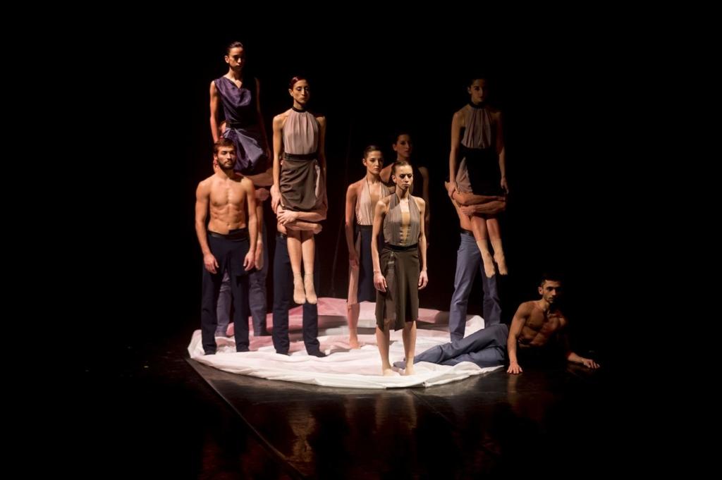 mm-contemporary-dance-company-schubert-frames-coreografia-enrico-morelli-teatro-asioli-correggio-2018-photo-tiziano-ghidorsi