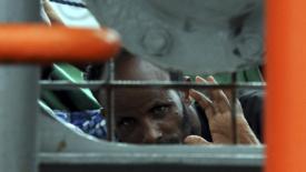 Luci e speranze sulle strade dei migranti