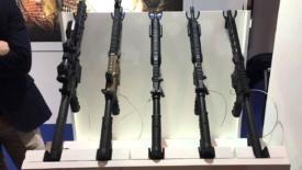 Fiera delle armi aperta a minorenni