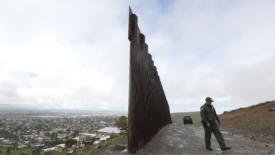 Stati Uniti, la democrazia messa al muro