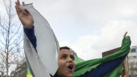 Gli Algerini contro Bouteflika