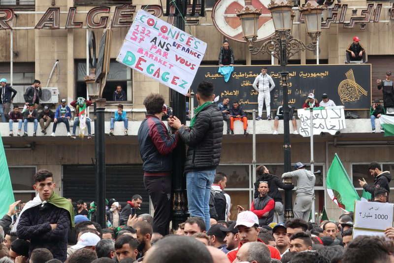proteste-in-algeria-3