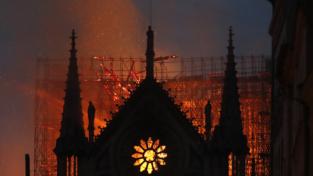 Notre-Dame in fiamme, come una volta