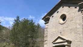 Il trekking, un frate, una chiesa e la cultura del dare