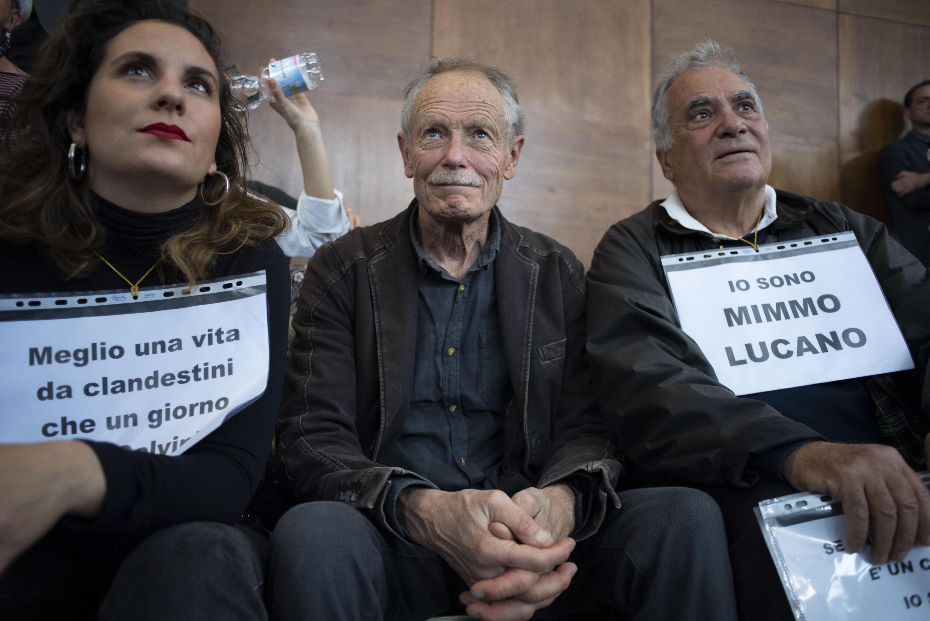 Erri De Luca al seminario dell'ex sindaco di Riace ,Mimmo Lucano, all'Università La Sapienza a Roma, 13 maggio 2019.   ANSA/MAURIZIO BRAMBATTI