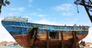 christoph-buchel-boat-barca-nostra-venice-biennale-designboom-1200