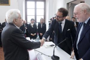 Il Presidente della Repubblica Sergio Mattarella con Alfonso Bonafede, ministro della Giustizia, in occasione della cerimonia di inaugurazione dei corsi di formazione della Scuola Superiore della Magistratura per l'anno 2019 a Scandicci (Firenze), 5 aprile 2019.