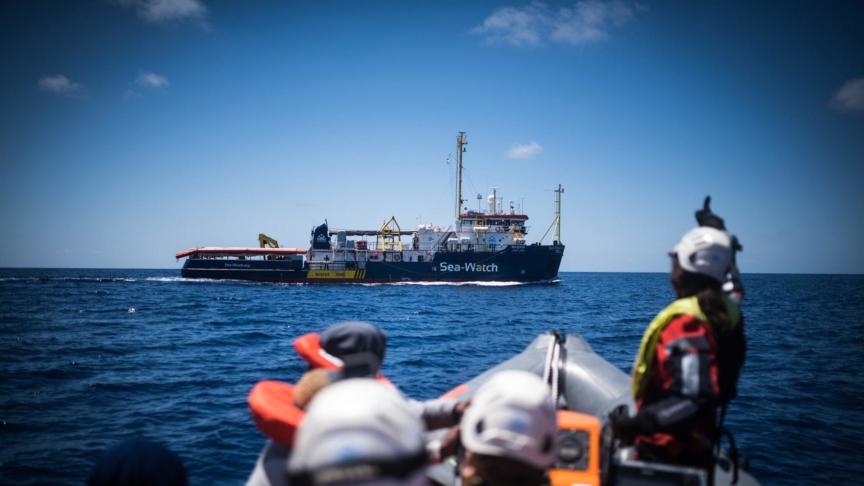 La Sea Watch entra a Lampedusa