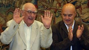 Camilleri unisce l'Italia