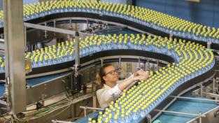Supermercati, stop plastica mono uso