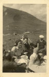 Chiara sulle dolomiti nel 1951