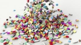Poche medicine e troppe contraffatte