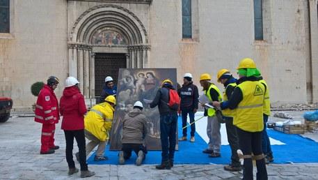Terremoto: volontari Legambiente Marche, 3.700 opere recuperate