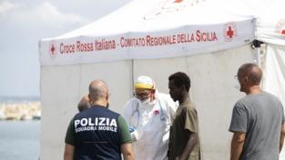 Pozzallo e Lampedusa. Sbarchi e sequestri