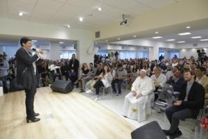Papa: visita a sorpresa 'Cittadella Cielo' a Frosinone