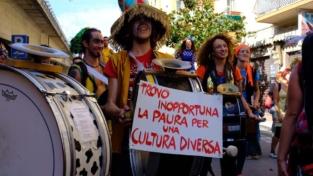 Una parata senza frontiere a Ventimiglia