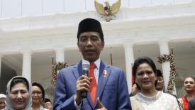 Indonesia: Jakowi spiazza tutti