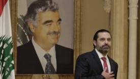 Hariri cede alla piazza