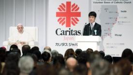 Tokyo, la sfida di Francesco ai giovani