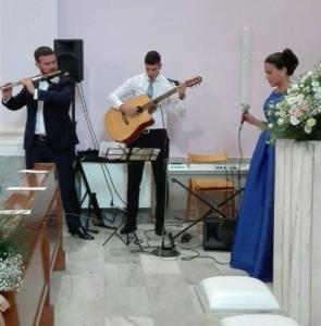 fabrizio-emanuele-al-centro-e-francesca