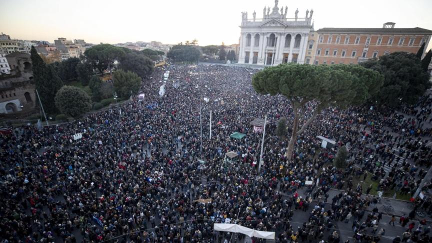 Le Sardine conquistano Roma