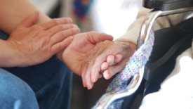 Giovani e anziani a Ravenna: "Io ci sono"