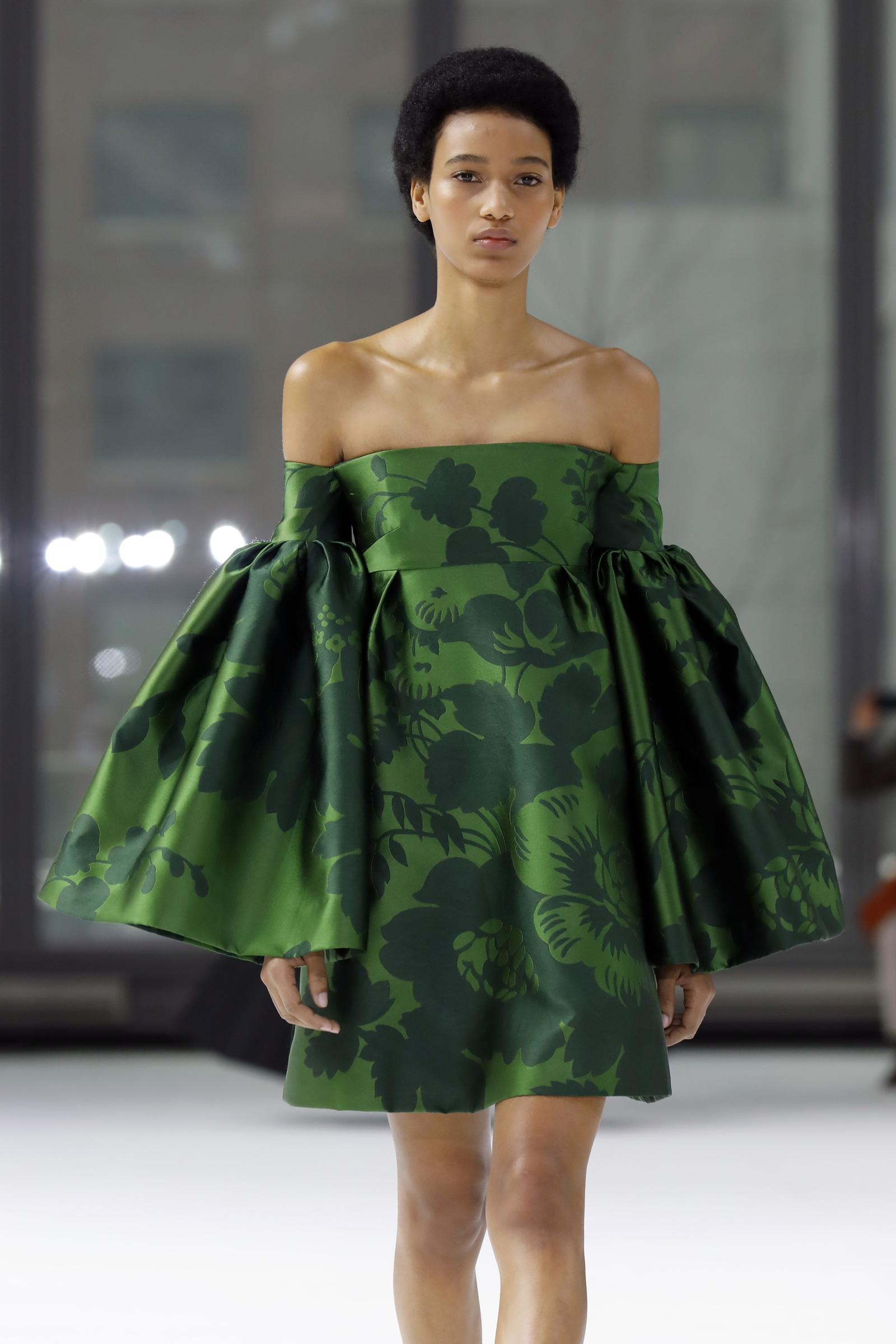 New York Fashion Week 2020, sfilata Carolina Herrera (AP Photo/Richard Drew)