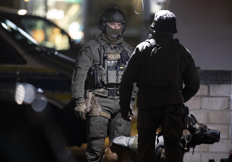 Germania, strage ad Hanau (Boris Roessler/dpa via AP)