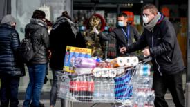 Coronavirus:  oltre 200 casi, la Lombardia è la regione con più contagi