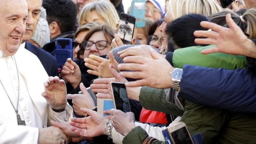 Il papa: amore, preghiera e perdono contro la pazzia della guerra