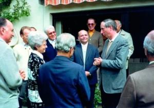 Chiara con Klaus Hemmerle e i vescovi amici (anni '80)