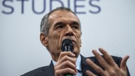 Cottarelli: la manovra non basta, servono gli Eurobond