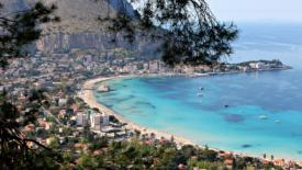 Coronavirus in Sicilia: sanità, scuola, volontariato
