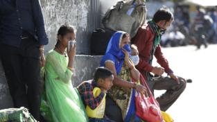 India, esodo biblico verso i villaggi