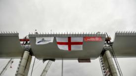 Genova di nuovo unita… dal suo ponte