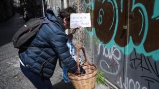 Il panaro solidale di Napoli