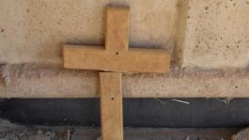 Il Cristo scivolato dalla croce