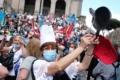 Roma, manifestano i lavoratori delle mense scolastiche