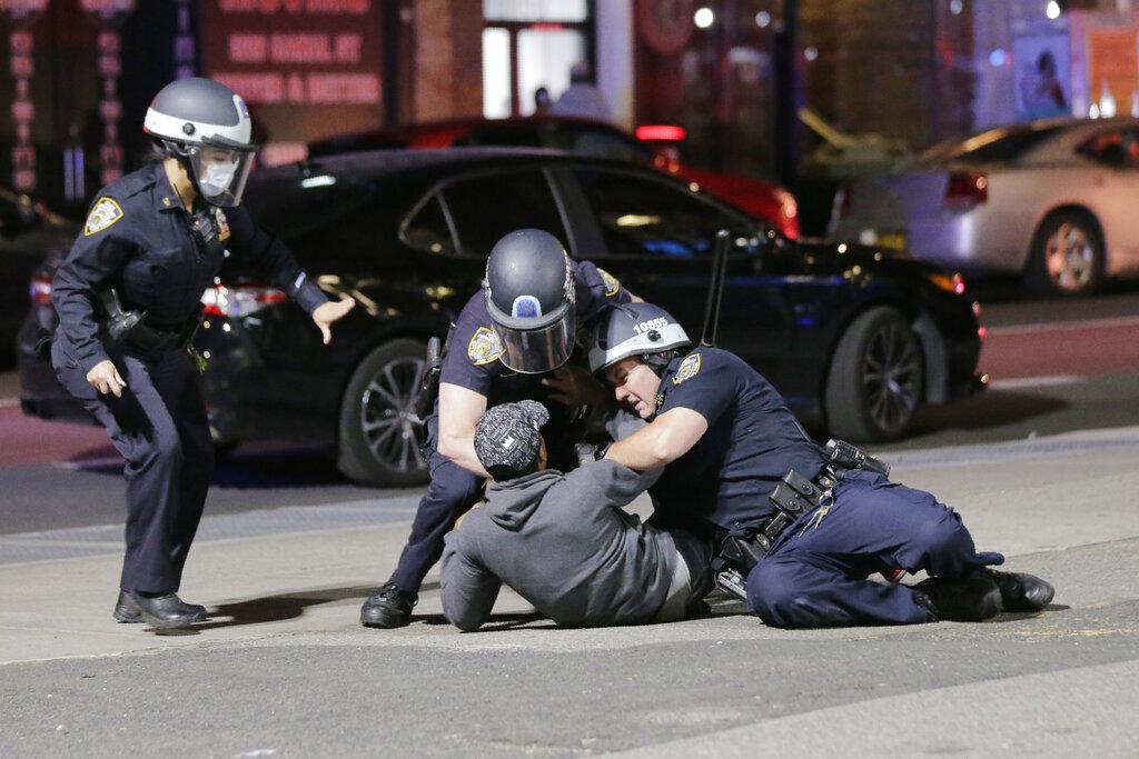 Proteste a New York (AP Photo/Seth Wenig)