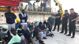 La Tunisia senza governo (e le barche che partono)