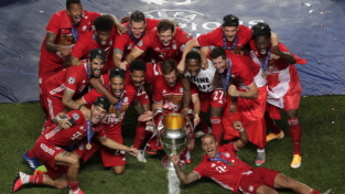 La favola di Alphonso Davies nel Bayern tritatutto