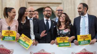 Referendum, partiti e società