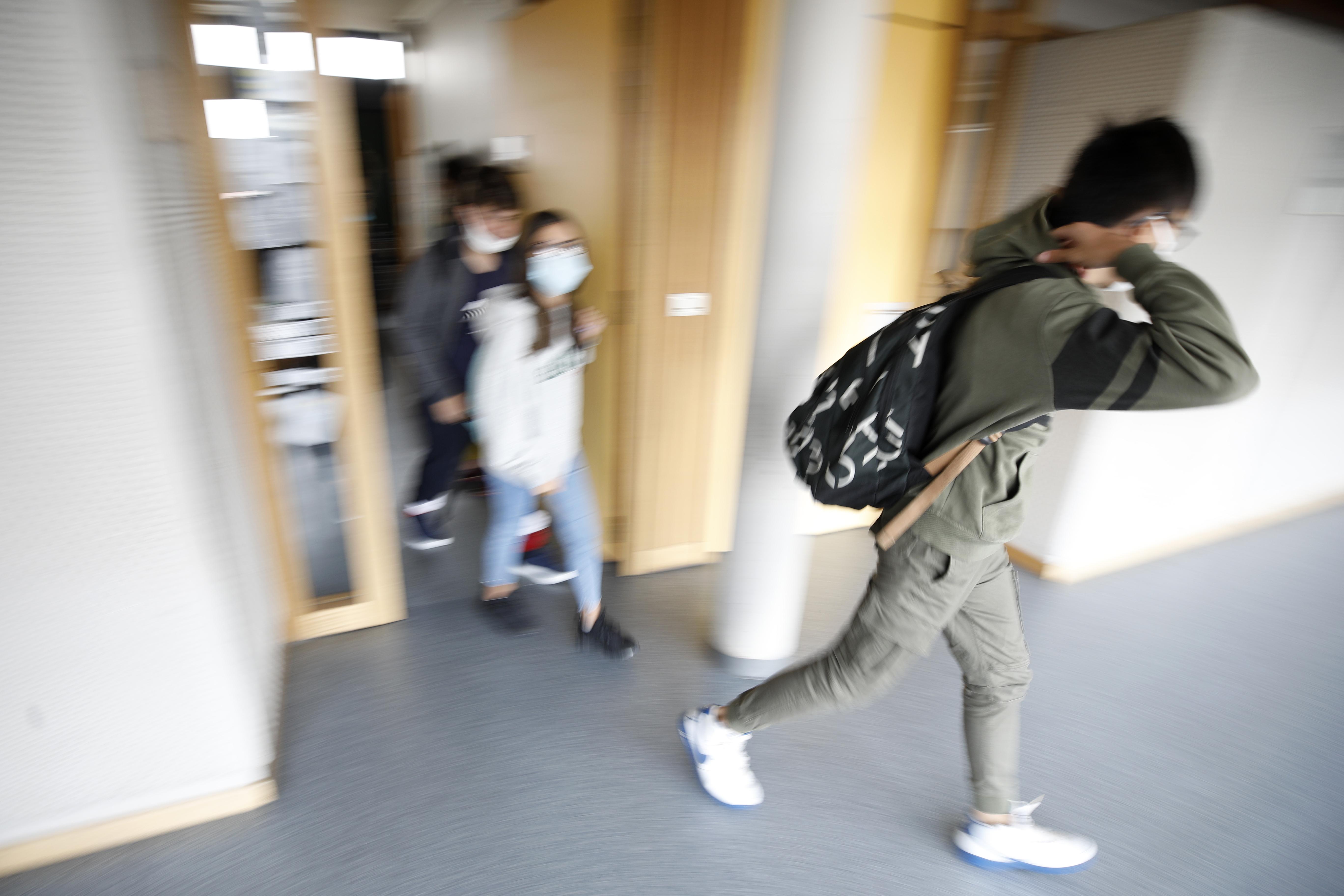 Scuola, AP Photo/Jean-Francois Badias
