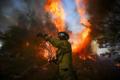 Dal Libano all'Argentina: il pianeta brucia e aumentano gli indigenti